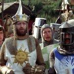 """Netflix: Monty Python And The Holy Grail, perché """"il morso dell'alce può essere molto fastidioso"""""""