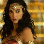 Wonder Woman 1984: si torna sul set, ecco Gal Gadot in costume di scena