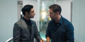 Venom: Tom Hardy e Riz Ahmed in una nuova clip italiana del cinecomic