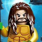 Aquaman: ecco il poster del cinecomic con Jason Momoa in versione LEGO