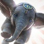 Dumbo: l'elefantino volante in un nuovo poster del film di Tim Burton