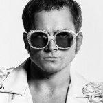 Rocketman: tre nuove immagini del biopic su Elton John con Taron Egerton