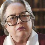 Feud: Kathy Bates nel cast stellare della nuova serie antologica di Ryan Murphy