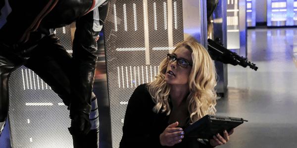 Arrow: Emily Bett Rickards parla della relazione tra Felicity e Oliver
