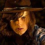"""The Walking Dead: Chandler Riggs parla delle morti """"alternative"""" girate"""