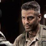 Catch-22: Hulu annuncia la produzione della serie diretta, prodotta e interpretata da George Clooney