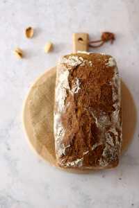 Dunkles Maisbrot Rezept | bäckerina.de
