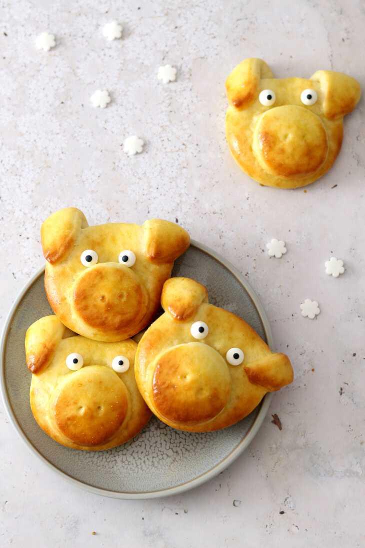 Glücksschweine backen ohne Hefeteig | bäckerina.de