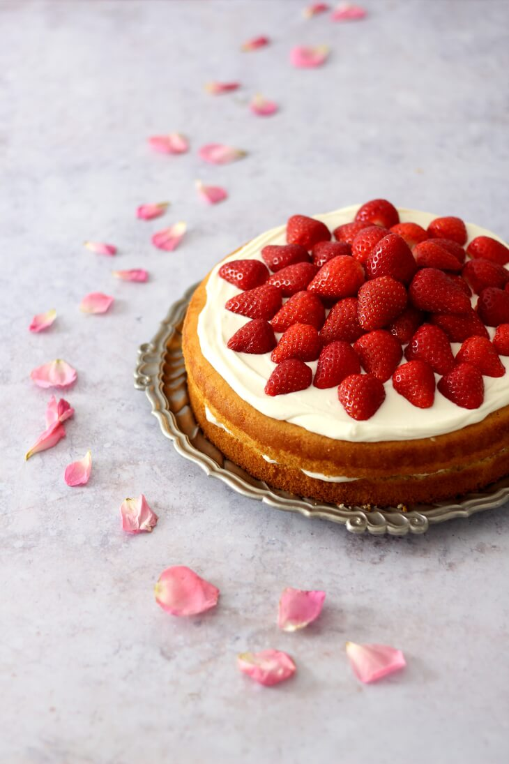 Erdbeertorte mit Quark | bäckerina.de