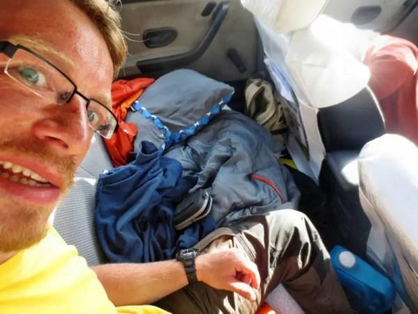Im Taxi schlafen im Iran