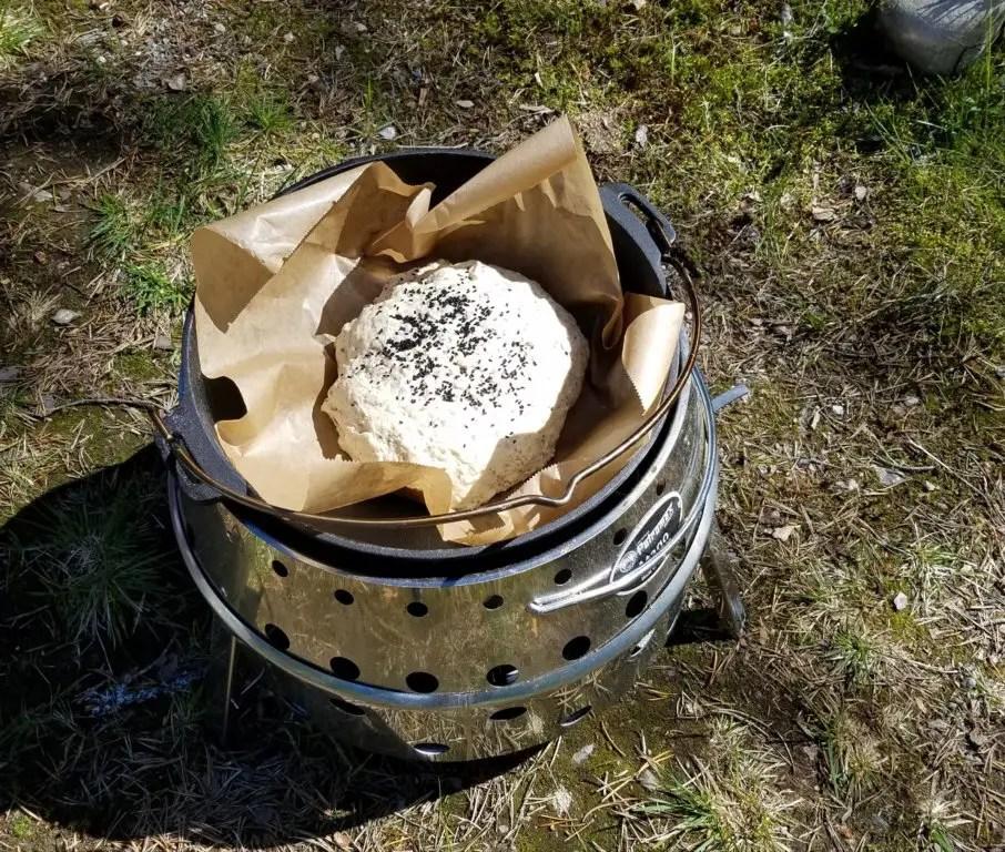 Brot backen im Dutch-Oven und Atago