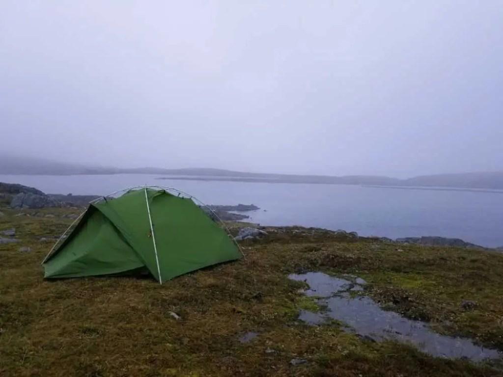 Zelten auf der Wanderung zum Kinnarodden am Nordkinn.