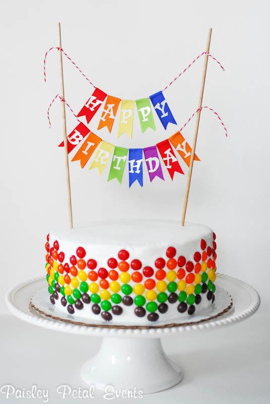 Bolos de aniversário simples para fazer em casa veja os