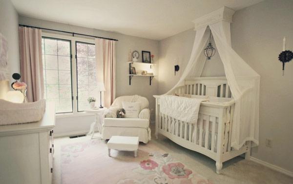 Decoração Quarto de bebê com rendas e bordados de realeza  ~ Quarto Pequeno Vintage