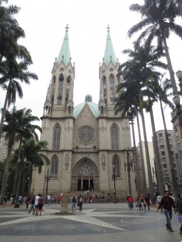 Catedral da Sé e o Marco zero de São Paulo