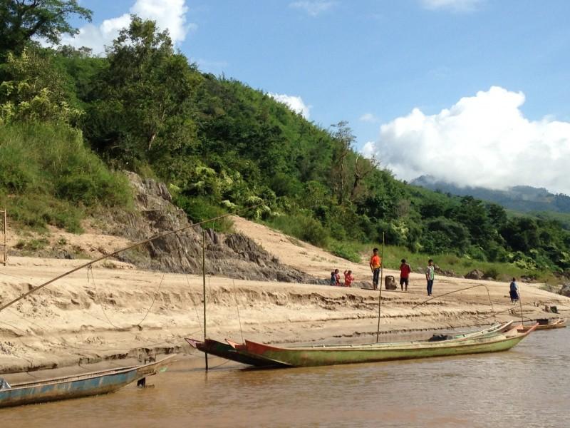 Dia a dia às margens do Rio Mekong