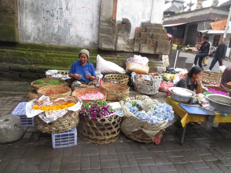Street-market-Bali