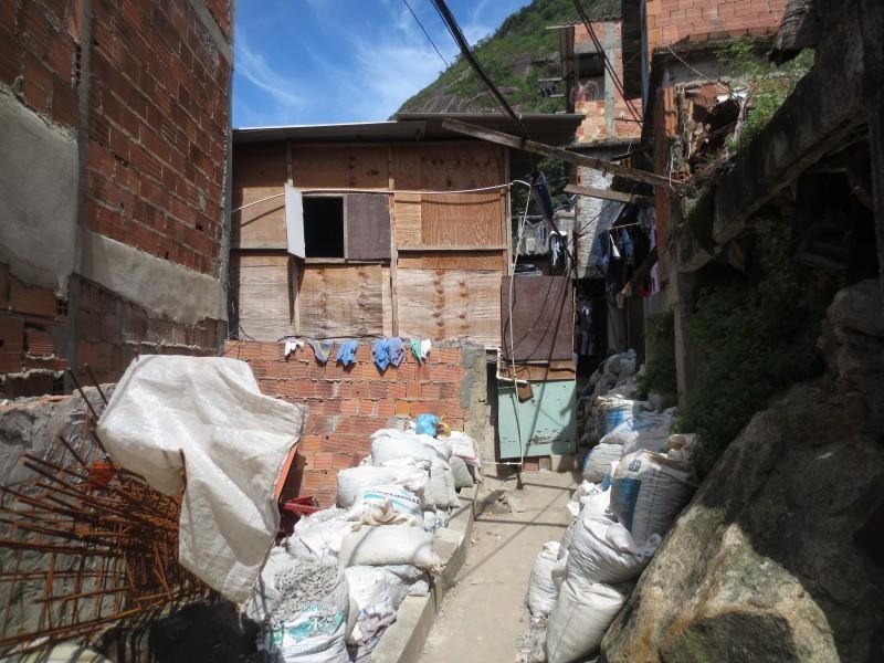 favela tour RJ_barraco