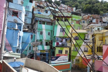 favela tour RJ_praca do cantao