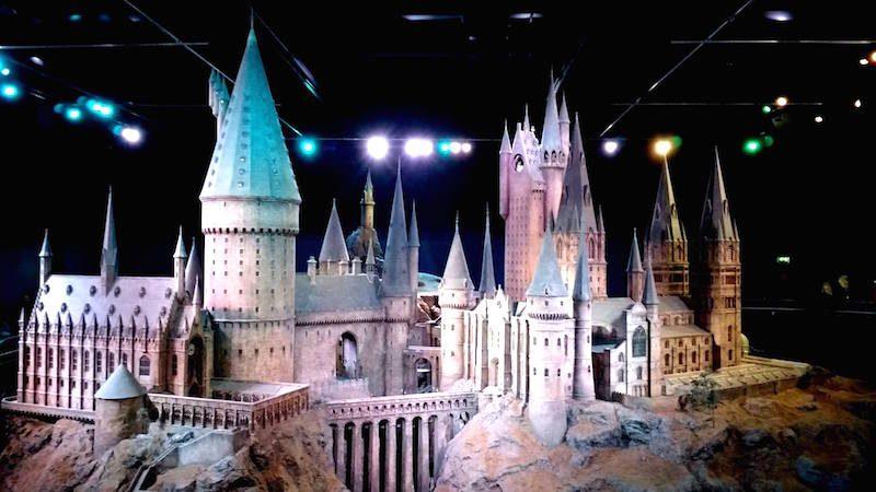 Pri Harry Potter_ castelo de Hogwarts