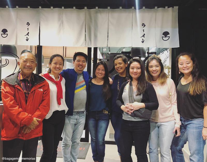 Blogueiros convidados para conhecer a recém inaugurada casa do Jojo Lab, junto com Jô Takahashi (especialista em gastronomia japonesa) e Simone Xirata (sócia proprietária do Jojo Lab e Jojo Ramen).