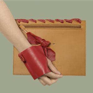 BAGaSUTRA-cuir-naturel-rouge-couture
