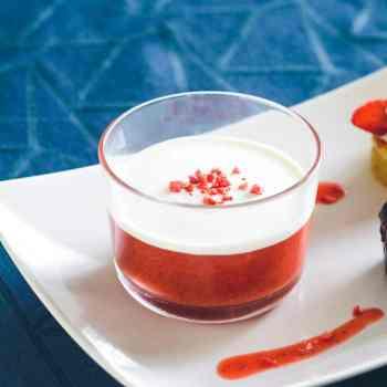 Jordbærgrød med fløde opskrift