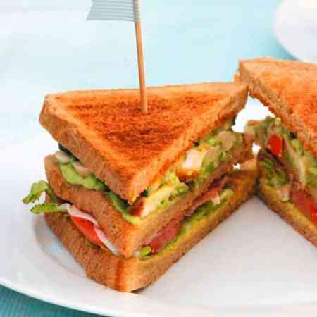Luksus club sandwich opskrift fra Bageglad