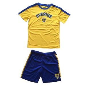 Tvådelat Sverige set med tröja och shorts barn