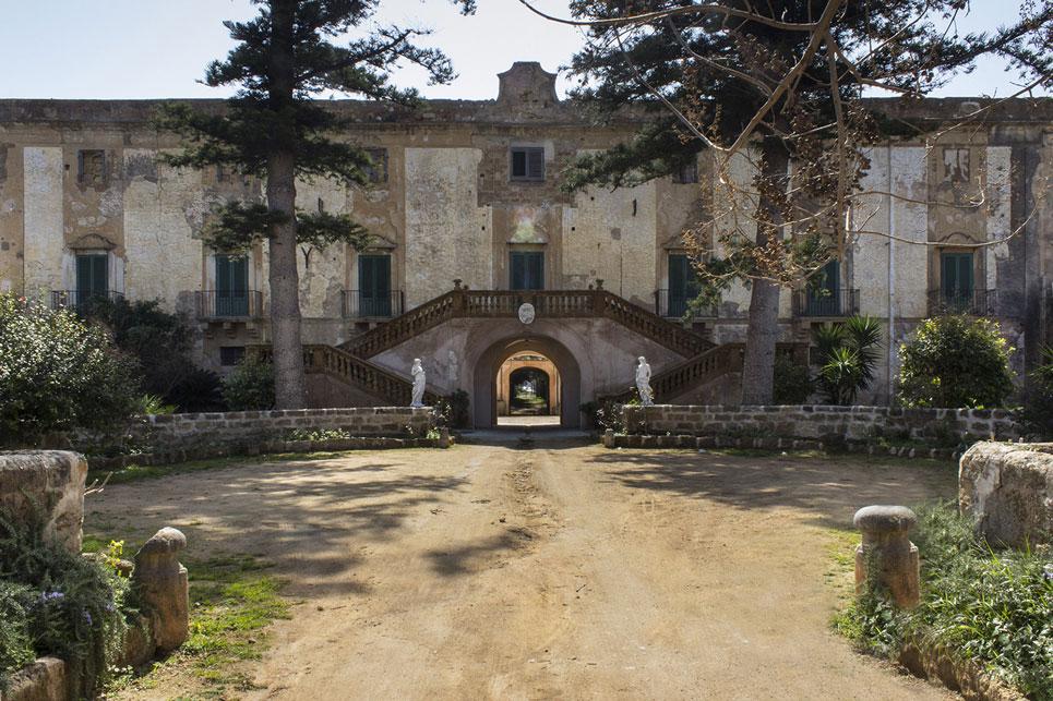 Si chiudono i cancelli di Villa Sant'Isidoro