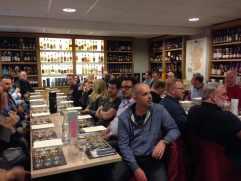 Publikum mit Whisky