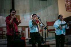 Le rassemblement a été enrichi par des représentations artistiques, y compris un spectacle de musique traditionnelle d'Amérique latine.