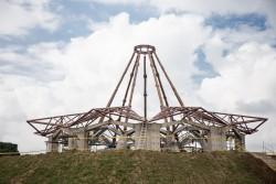Au cours des derniers mois, la construction de la maison d'adoration a connu d'importants progrès.