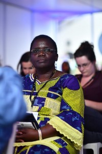 Un membre du public écoutant attentivement à l'évènement organisé par la CIB. Crédit photo : EDD 2018