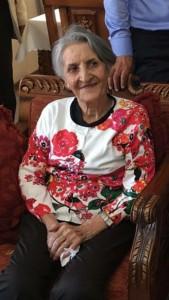 La dépouille de Mme Shamsi Aghdasi Azamian, une bahá'íe de la région de Damavand, en Iran, a été exhumée le 24 octobre, plusieurs jours après avoir été enterrée dans un cimetière bahá'í. Ses restes ont été retrouvés abandonnés en dehors de la ville. C'est le quatrième cas d'exhumation subie, ces dernières années, par les bahá'ís à cet endroit.