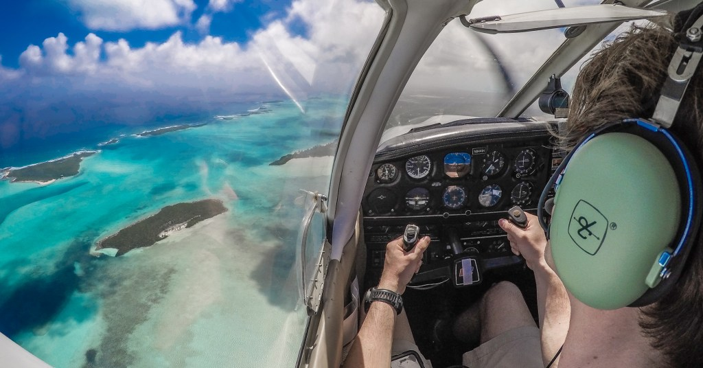 Flights to Exuma Bahamas, flying over the exumas bahamas, to emerald bay and the grand isle resort & spa. Bahamas Air Tours provide private air charters from Florida to Bahamas and day trips from Miami to Bahamas to visit swimming pigs and exuma pigs.