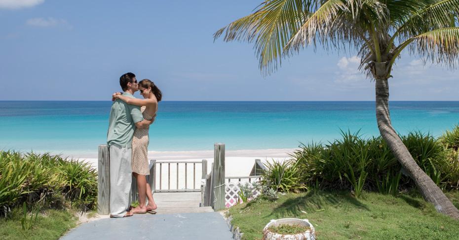 Harbour Island Bahamas and Pink Sands Beach. Bahamas air charter service with Bahamas Air Tours from Florida to Bahamas. Lars Topelmann Photographer Harbor Island Bahamas Couple Dunmore Beach Club