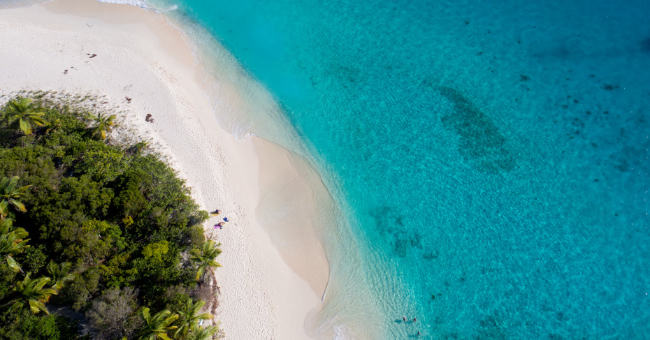 One Day cruise to the Bahamas with Bahamas Air Tours. One day bahamas cruise from Florida to Bahamas or take a private bahamas charter flights. Our unique day trips to Bahamas from Miami.
