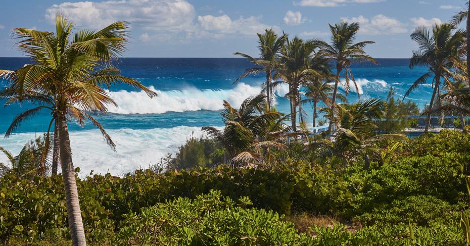 Stella Maris Resort Long Island Bahamas. Flying to Bahamas from florida with Bahamas Air Tours.
