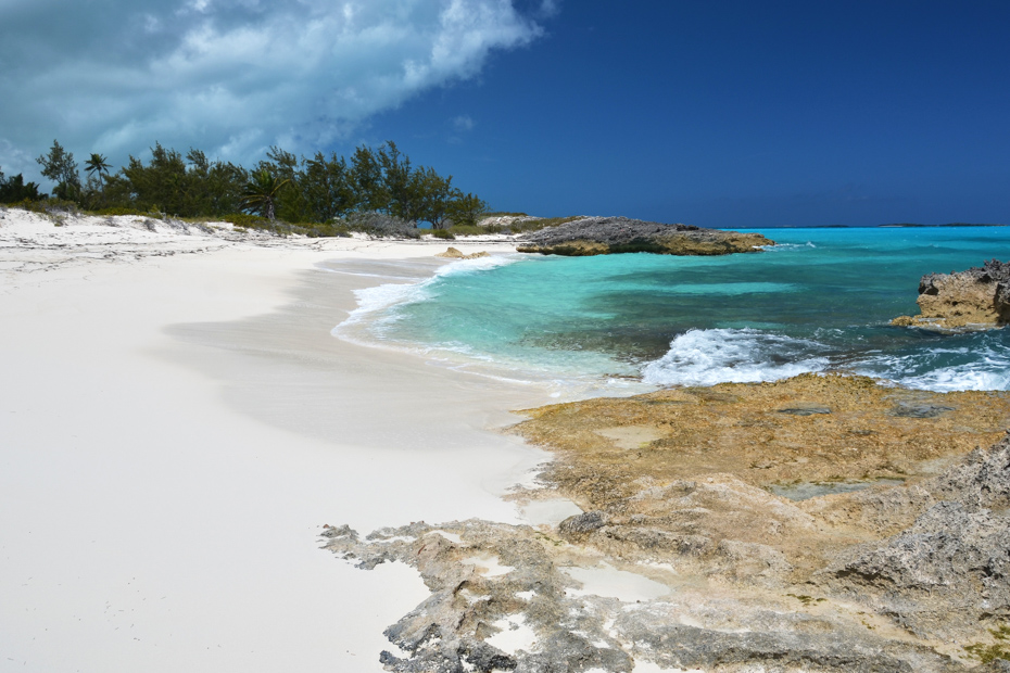 A desert beach of Little Exuma Bahamas, one of the top Exuma Beaches. Take flights to Exuma Bahamas with the private air charter service from Bahamas Air Tours.