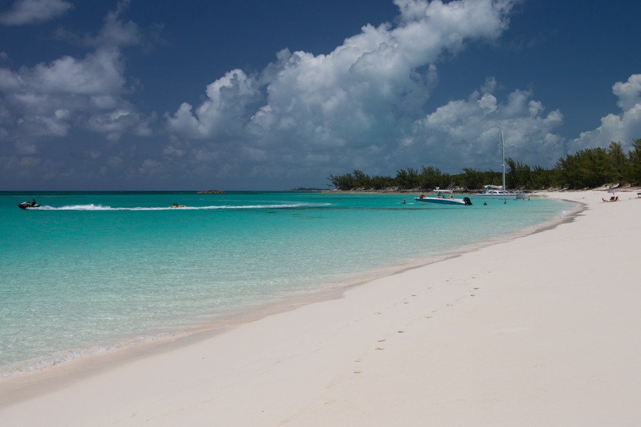 Rose Island, Nassau Beaches