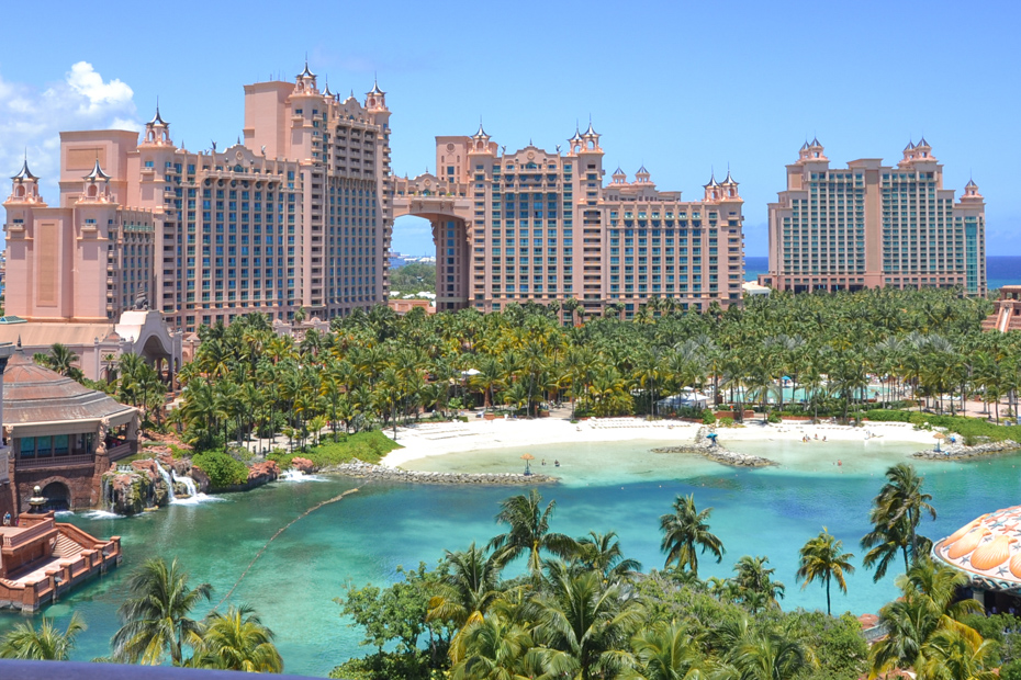 Atlantis Paradise Island, things to do in nassau Paradise Island. Here's a list disputing the best place to stay in Bahamas
