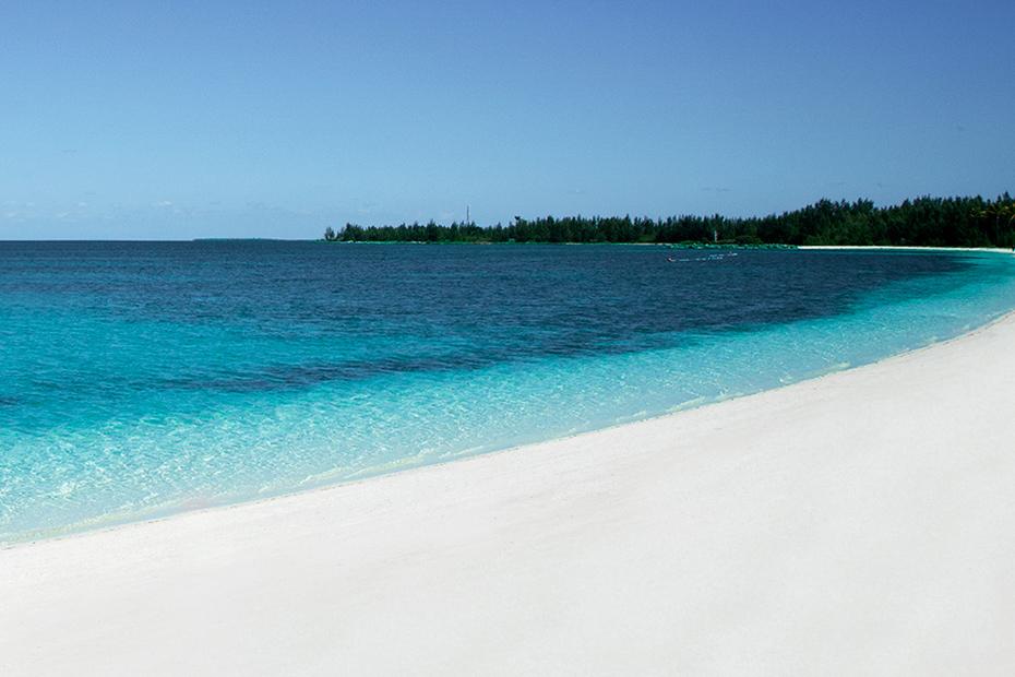 Freeport Bahamas Beaches on Grand Bahama island at Bahama Bay