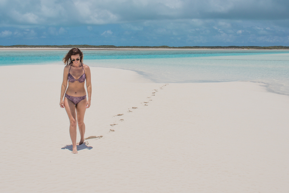 Explore the Pipe Creek Sand Bar on a Bahamas Day Trip to Staniel Cay in the Bahamas Exumas.