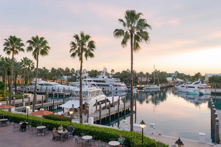 Sunset at the Atlantis Marina on Atlantis Paradise Island. Atlantis Bahamas reviews on hotels and other great Bahamas guides can be found on Bahamas Air Tours website.