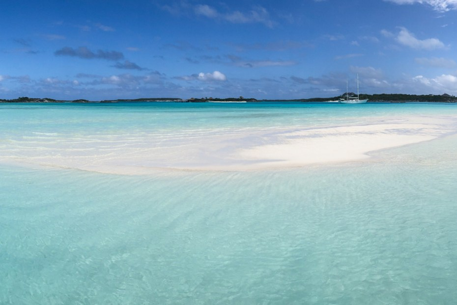 The Sand Bar at Pipe Creek (Pipe Cay) in the Exumas