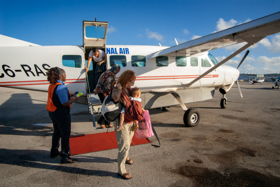 8 Reasons You Should Travel from Florida to Bahamas by Plane