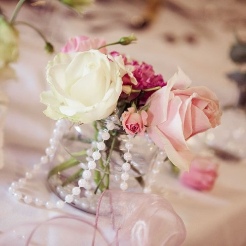 vintage wedding centrepiece