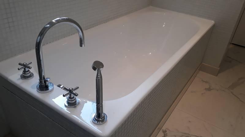 baignoire ancienne montpellier