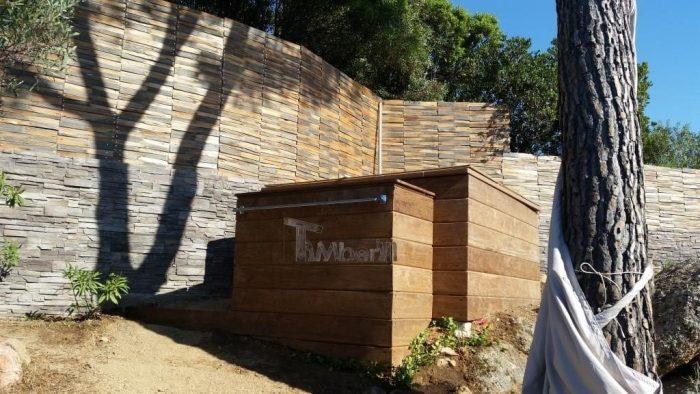 Bain Nordique En Polypropylene Rectangulaire Pour Max 16 Personnes, Emmanuel Et Alexandra, Marseille, France (2)